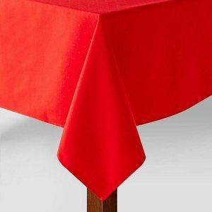 """KATE SPADE Holiday Larabee Dot Red TABLE Cloth 90"""""""